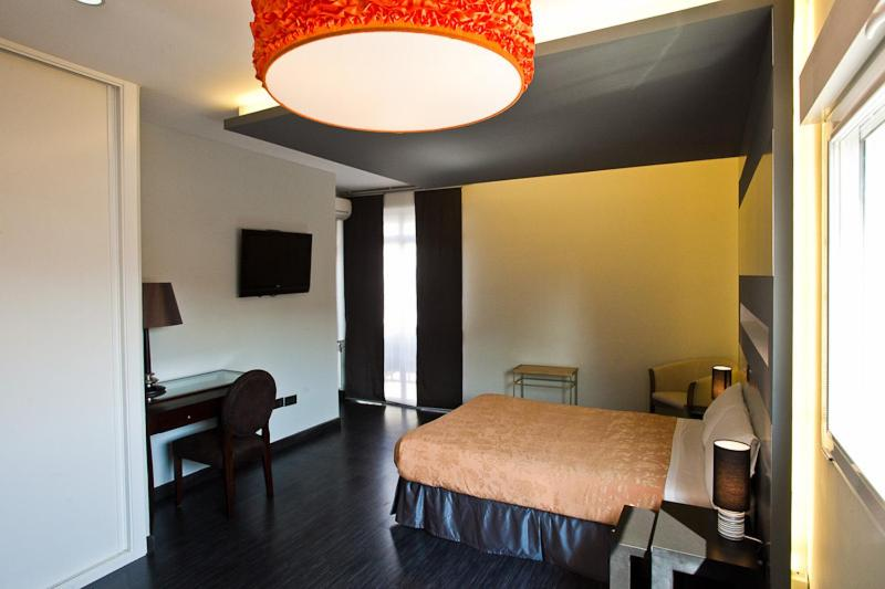 21832644 - Foster Estudios Plaza Espa?a