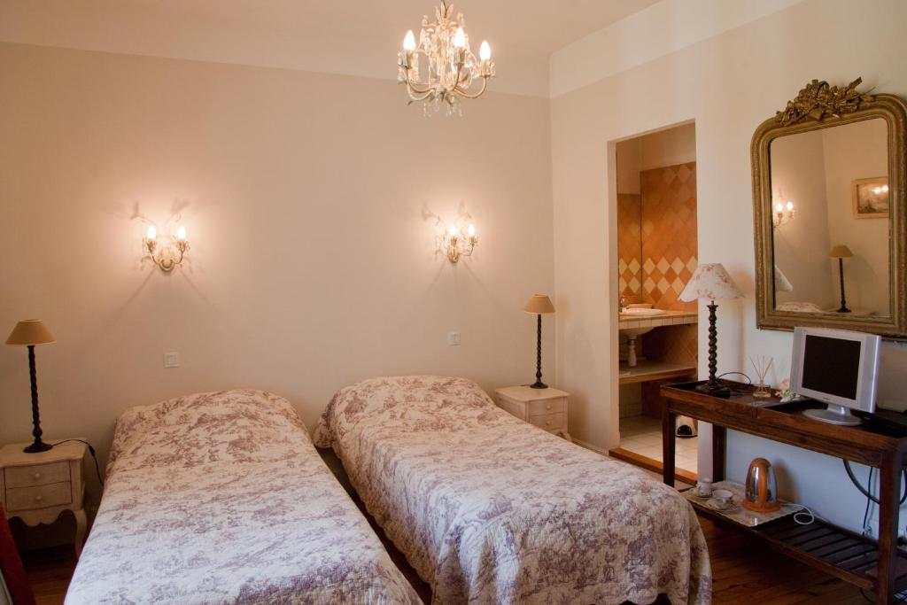 Chambres d 39 h tes les pratges figeac informationen und for Chambre hote figeac