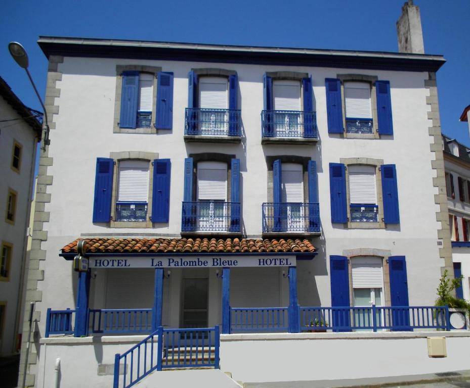 hotel la palombe bleue r servation gratuite sur viamichelin. Black Bedroom Furniture Sets. Home Design Ideas