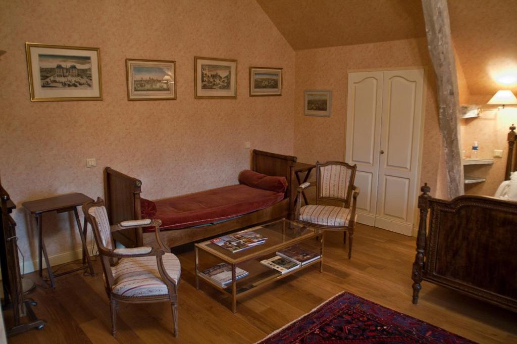 Manoir Du Bois Noblet Gennes Val de Loire Informationen und Buchungen online ViaMichelin # Manoir Du Bois Noblet
