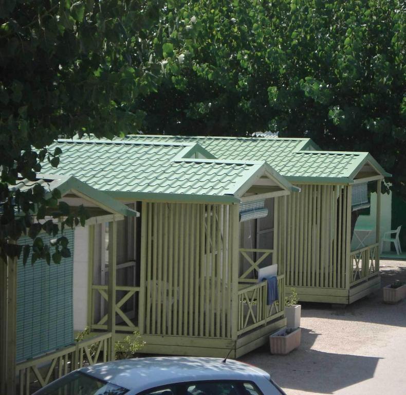Camping ol oliva reserva tu hotel con viamichelin - Camping en oliva con piscina ...