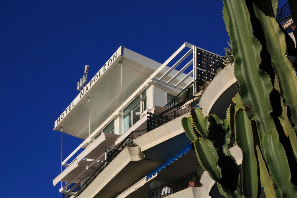 Hotel Napol On Menton Online Booking Viamichelin