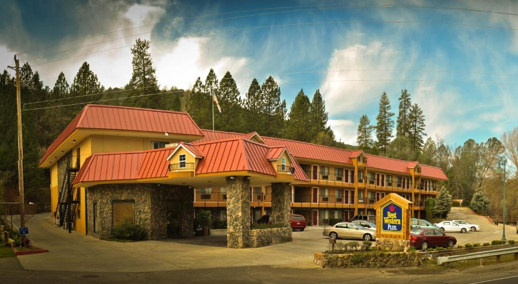 best western plus yosemite way station book your hotel