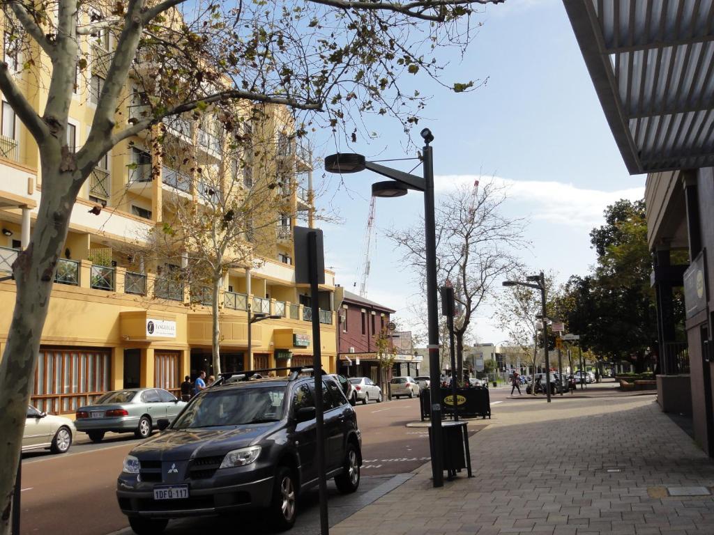 Renting Car In Perth Reviews