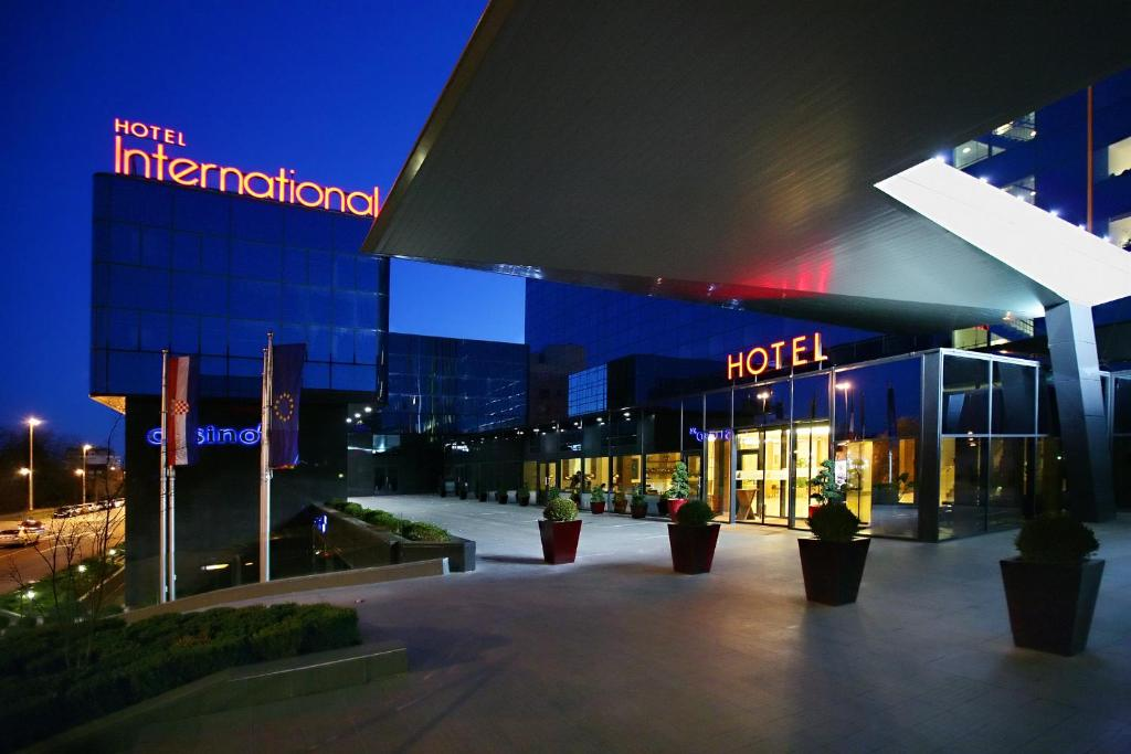 Hotel international zagreb book your hotel with for Hotel 9 luxury boutique zagreb