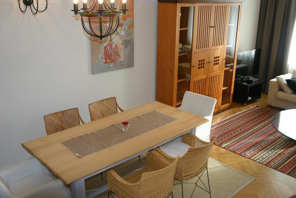 Villa pica paca old town r servation gratuite sur for Chambre commerce paca