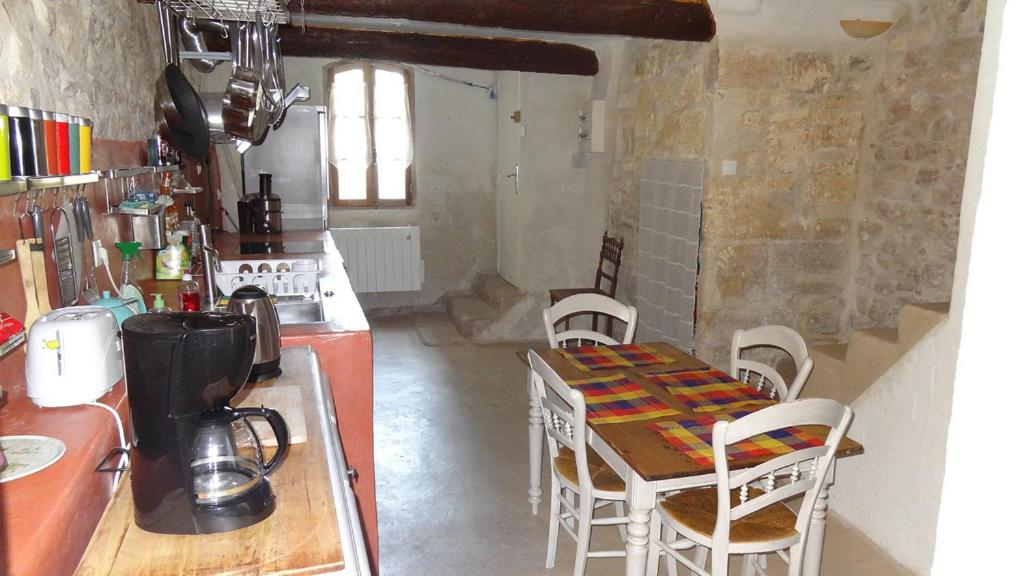Appartement avec patio 2 chambres patangarles arles for Appartement avec patio