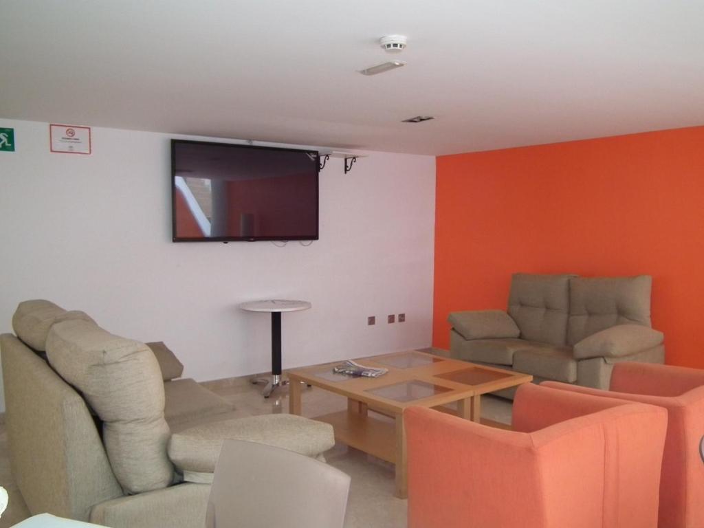 Apartahotel marina rey vera book your hotel with viamichelin - Apartamentos marina rey vera booking ...