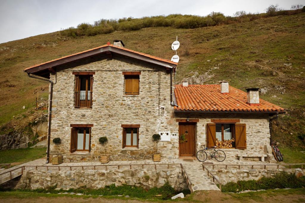 Apartamento las aldeas apt turistico ezcaray espa a - Casa rural ezcaray ...
