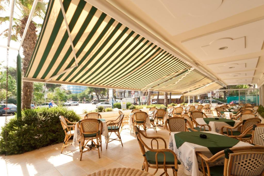 Hotel Via Dante Riccione