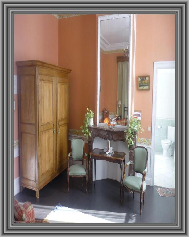 chambres d 39 h tes brussels guesthouse chambres d 39 h tes bruxelles. Black Bedroom Furniture Sets. Home Design Ideas