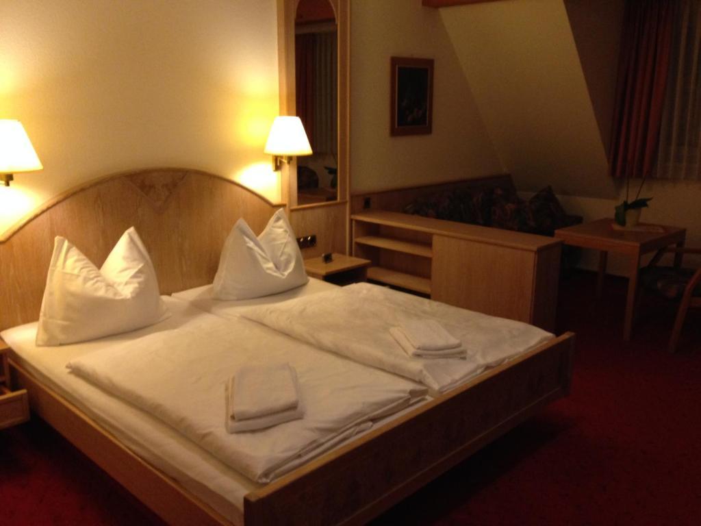 hotel restaurant bowlingcenter zur panke bernau bei. Black Bedroom Furniture Sets. Home Design Ideas