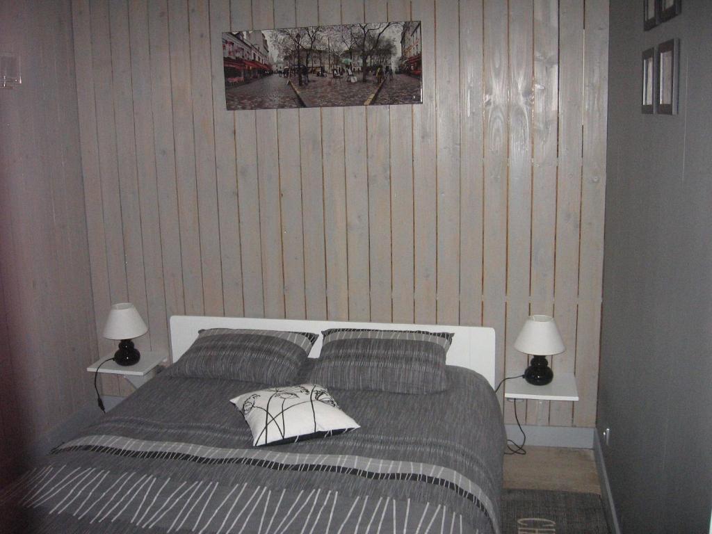 chambre d 39 h tes le loft chambre d 39 h tes abbeville dans la somme 80. Black Bedroom Furniture Sets. Home Design Ideas