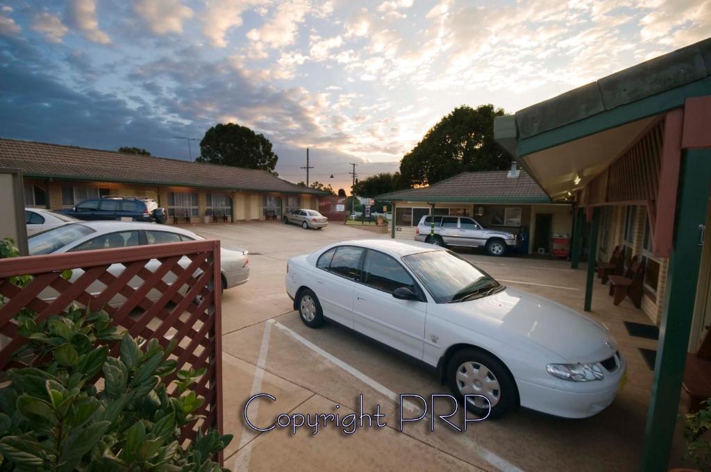Garden City Motor Inn  Ruthven St Toowoomba