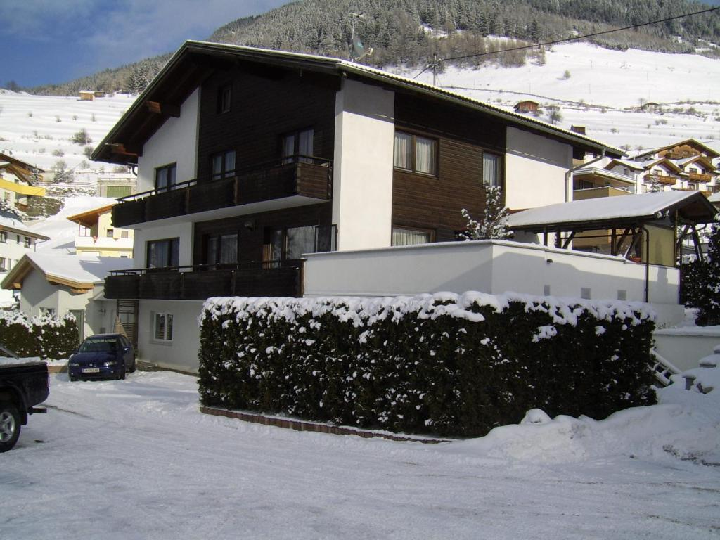 Appartment Spoettl Pfunds Dorf Book Your Hotel With