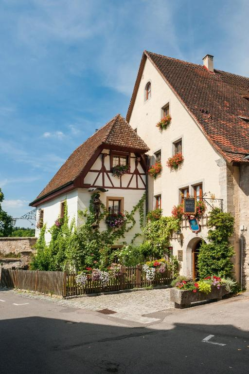 burghotel rothenburg book your hotel with viamichelin