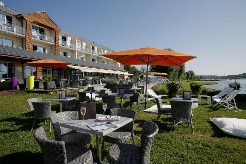 Comparateur hotel restaurant du golf de l 39 ailette for Hotel comparateur