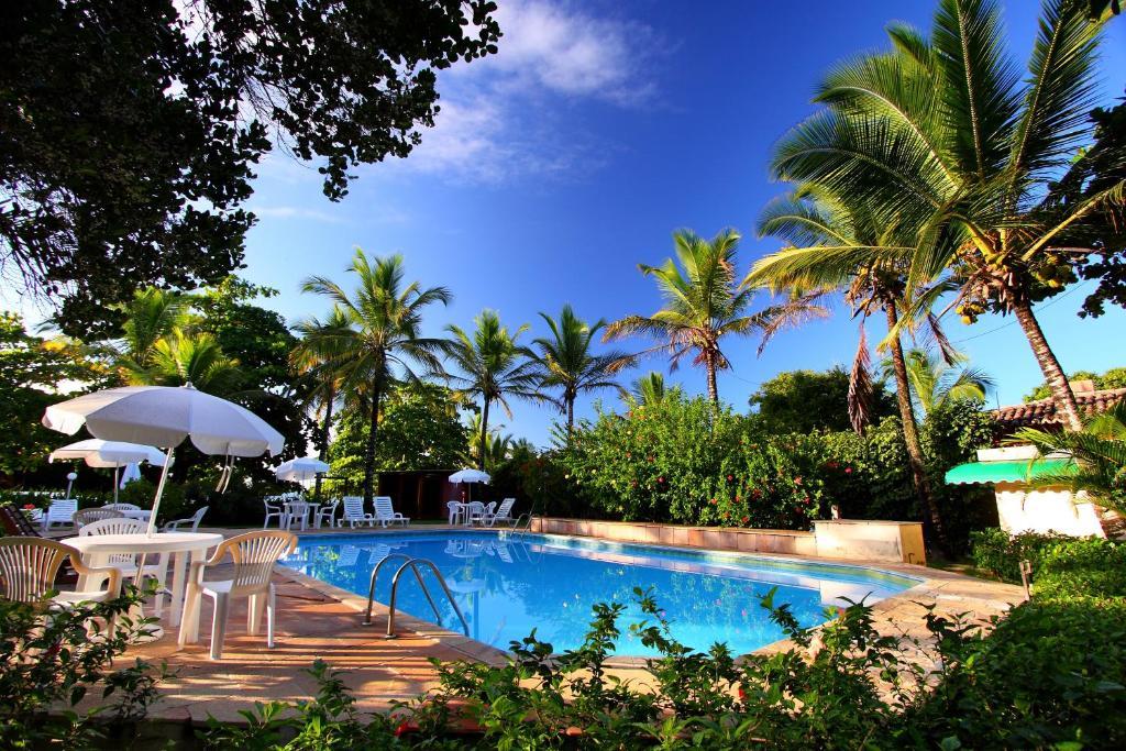 A piscina localizada em Canto d Alvorada Hotel Pousada ou nos arredores
