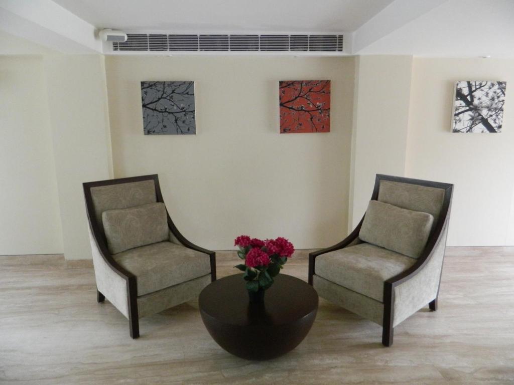 Hotel Pulse Impulse Pulse Impulse New Delhi Book Your Hotel With Viamichelin