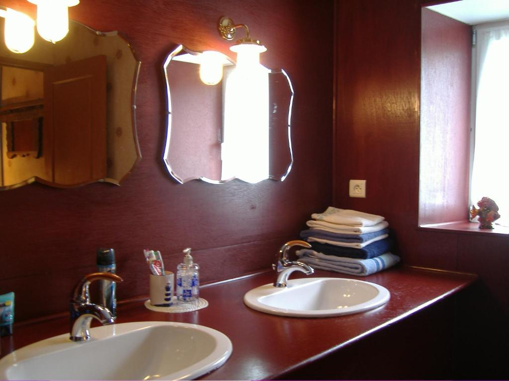Chambres d'hôtes la maison neuve, kamers b&b miniac morvan