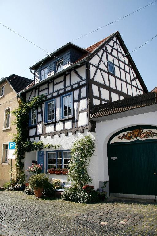 Hotels In Hochheim Am Main Deutschland
