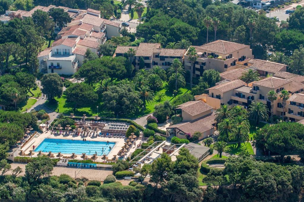 Uma vista aérea de Residence Club Marina Viva