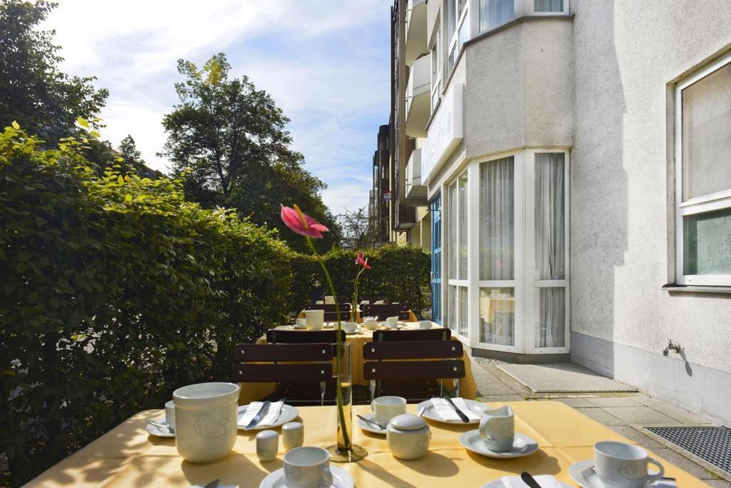 Ambiance Rivoli Hotel Munich Booking Com