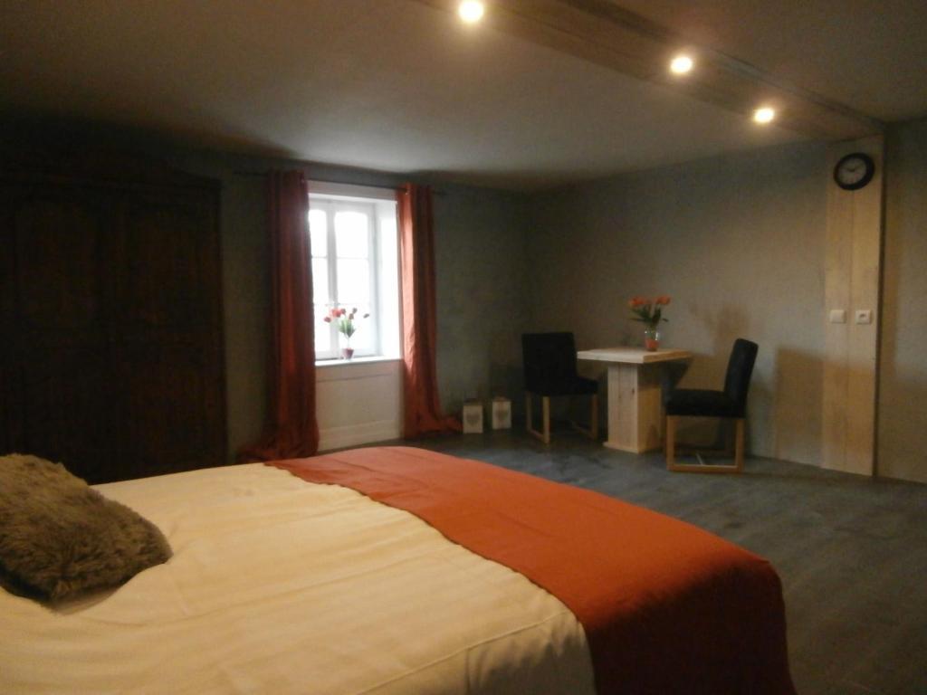 Chambres d\'hôtes La Tulipe Orange, Chambres d\'hôtes Granges sur ...