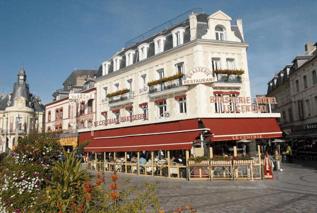 Hotel le central trouville sur mer for Appart hotel trouville