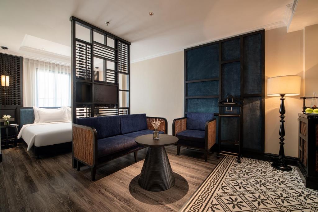 Phòng Solaria Có Giường Cỡ King Kèm 2 Ly Cocktail