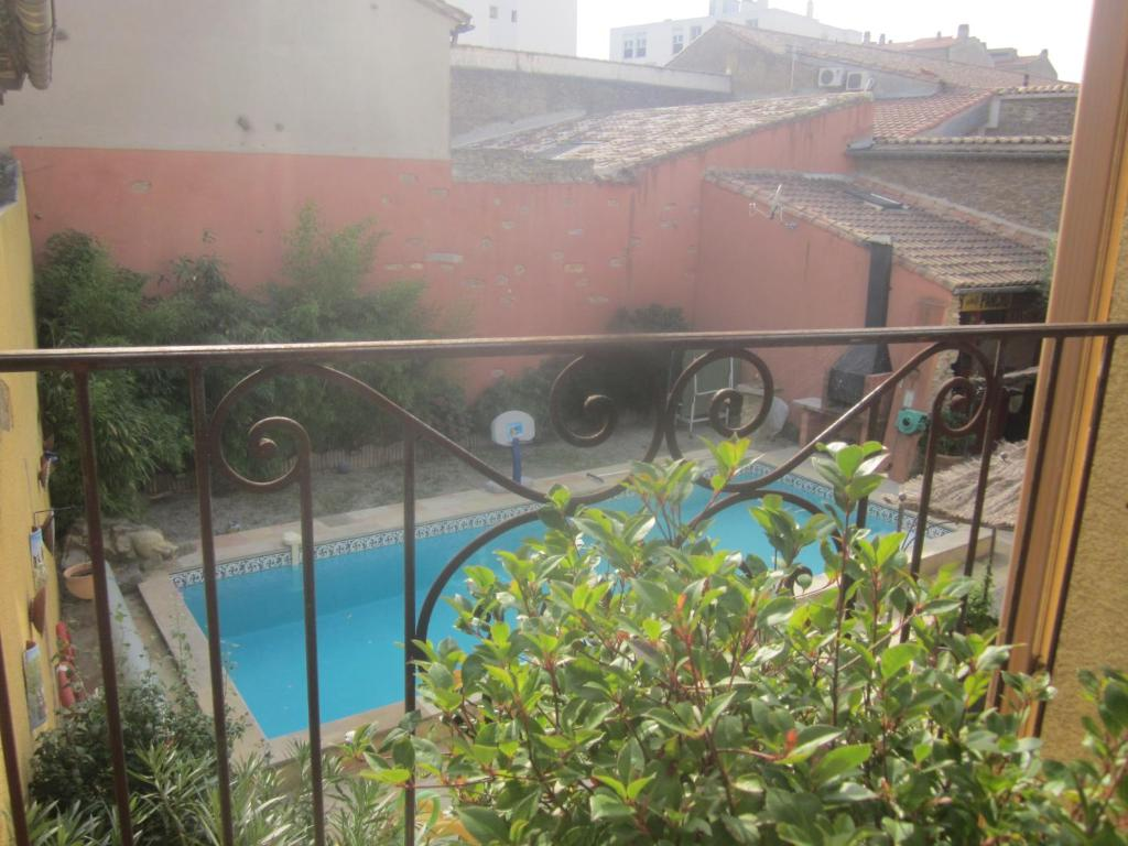 Bed breakfast chez martine c t piscine bed - Cash piscine carcassonne ...