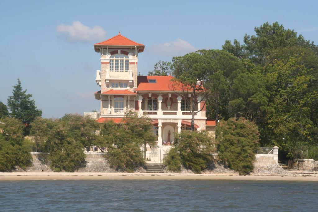 Hotels Restaurants Dans Le Bassin D Arcachon