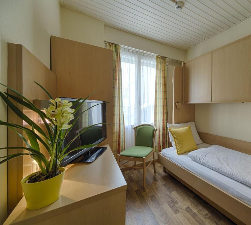 Hotel Blume Interlaken Booking Com