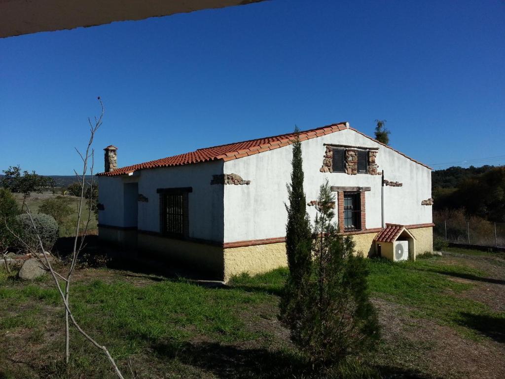 Apartamentos Rurales La Albuera (España Burguillos del Cerro ...