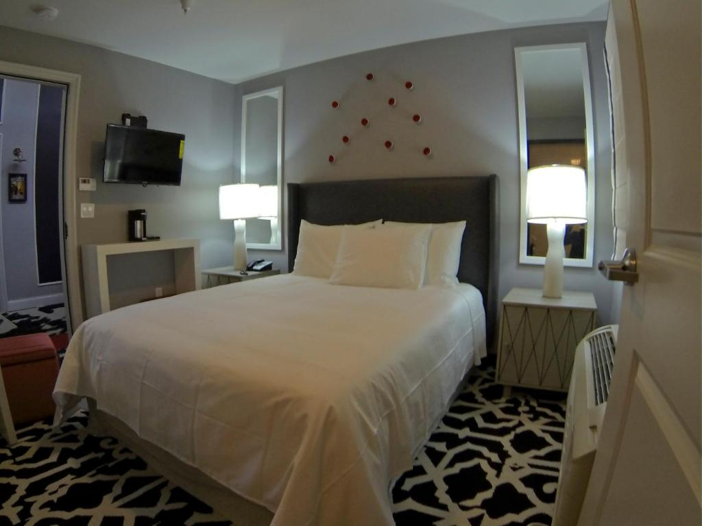 Hollywood le bon hotel los angeles viamichelin for Hotels 90028