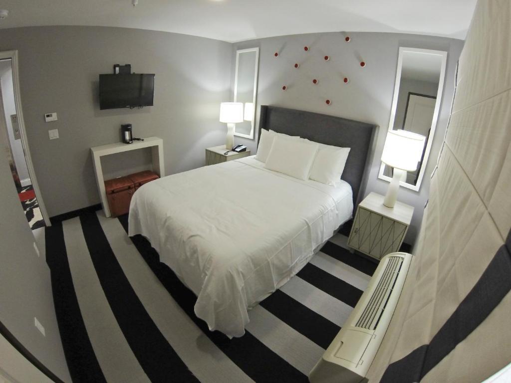 Hollywood le bon hotel r servation gratuite sur viamichelin for Bon plan reservation hotel