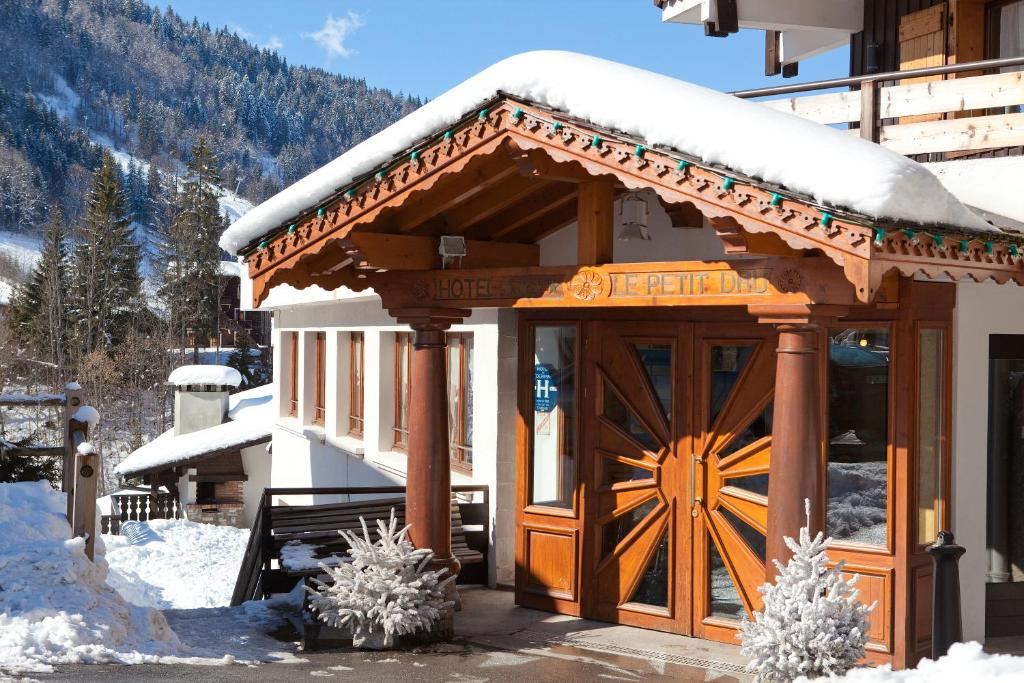 Comparateur hotel le petit dru morzine r servation for Hotel comparateur