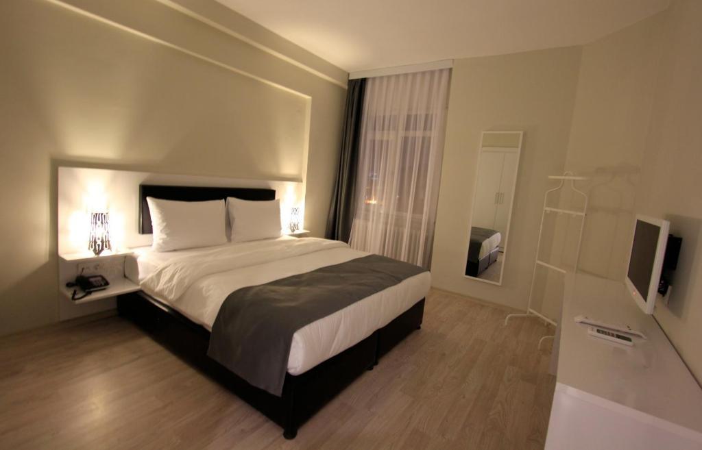 My home garden kad k y reserva tu hotel con viamichelin for Habitaciones familiares italia