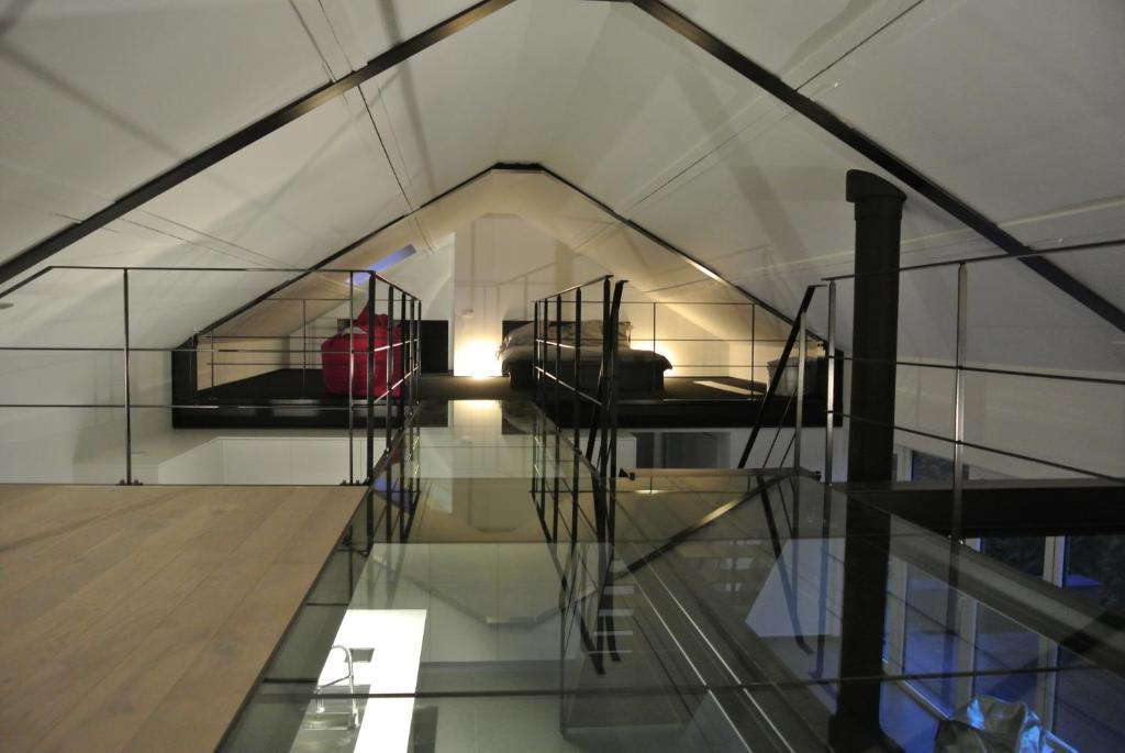 Maison de vacances g te la maison contemporaine for Hotel design namur