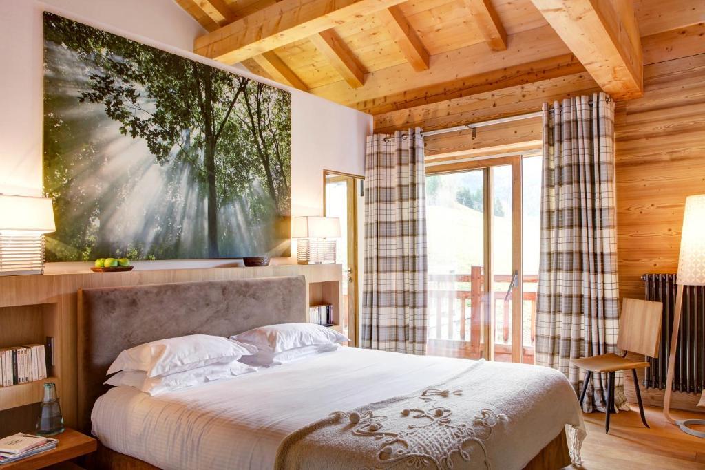 hotel chalet la vigogne et spa le grand bornand. Black Bedroom Furniture Sets. Home Design Ideas