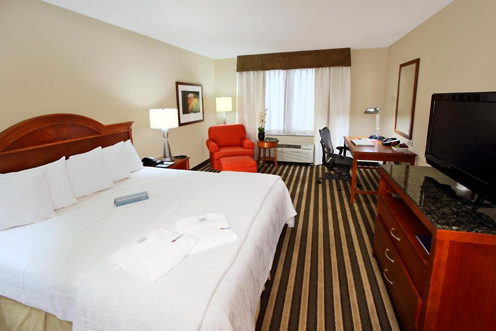 Hilton Garden Inn Ft Lauderdale Airport Cruise Port Hollywood Book Your Hotel With Viamichelin