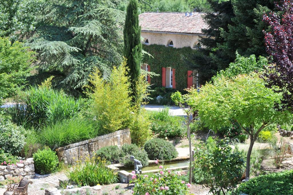 Chambres d 39 h tes une campagne en provence chambres d for Var chambres d hotes
