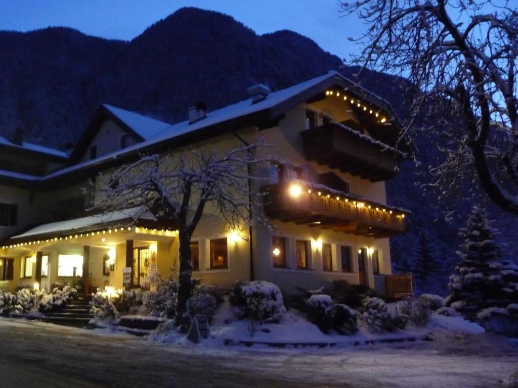 Hotel Weisses Rossl St Ulrich