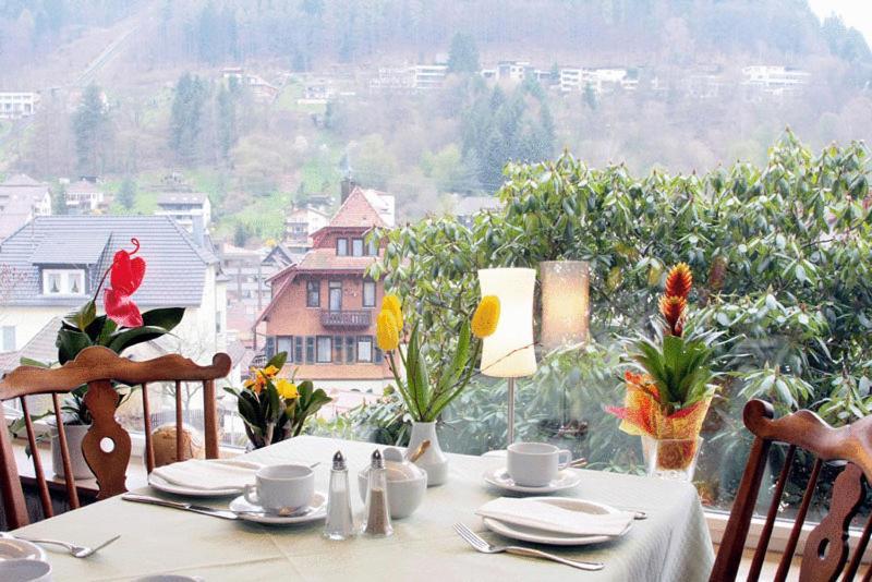Ferienwohnungen schwarzwald panorama calw book your for Design hotel schwarzwald
