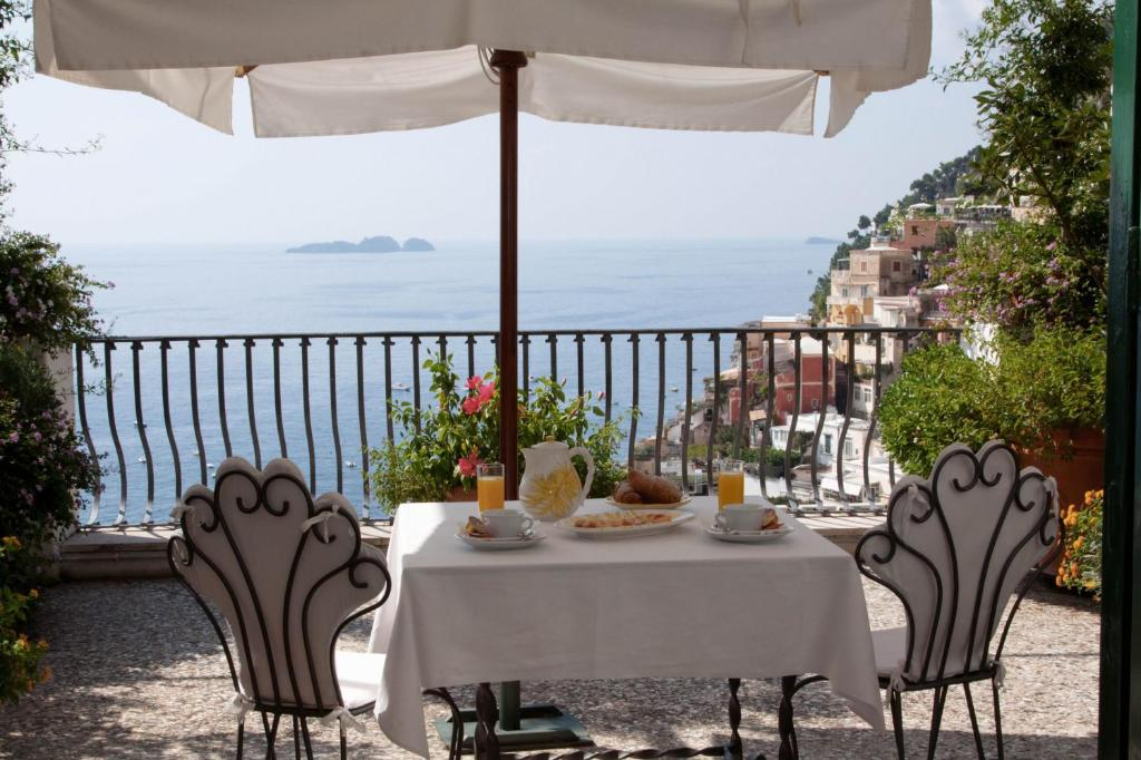 villa rosa positano book your hotel with viamichelin