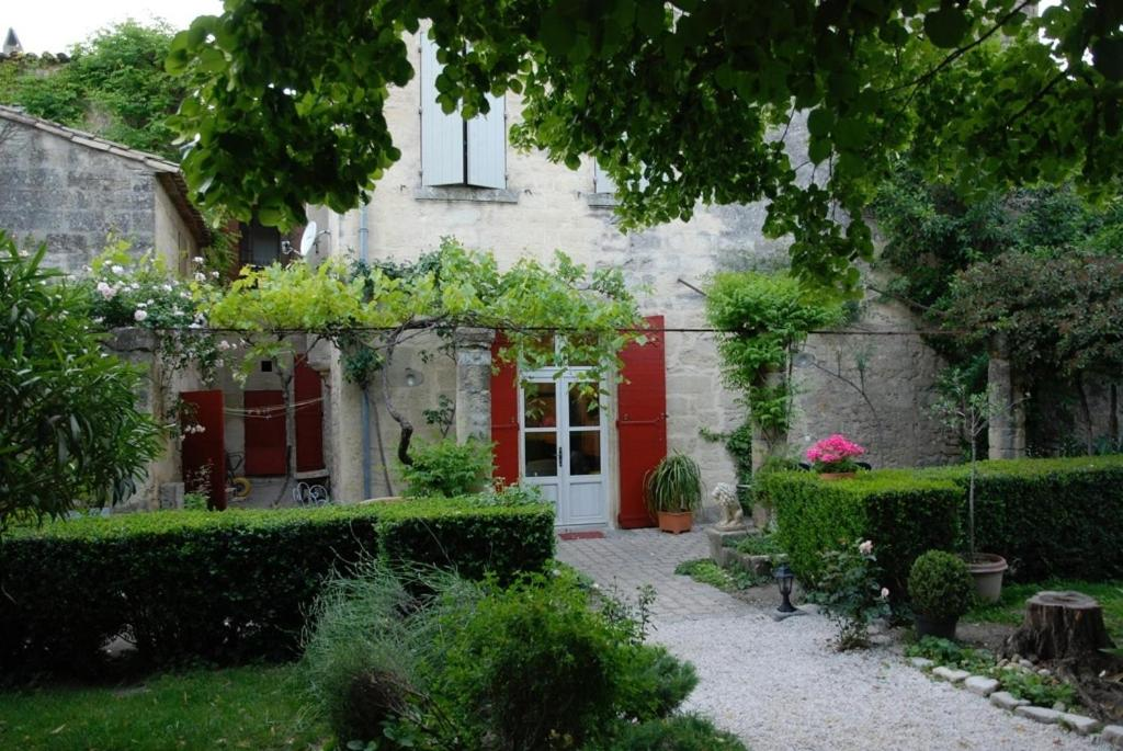 Le richelieu r servation gratuite sur viamichelin for Le petit jardin uzes