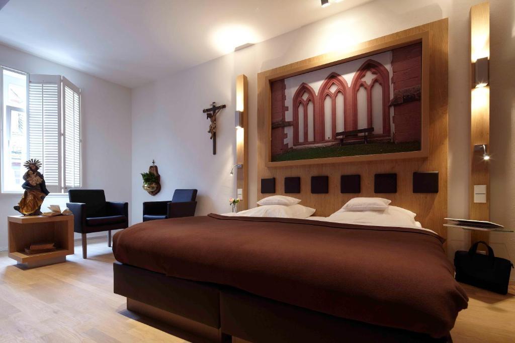 Hotel Und Weinhaus Eltville Am Rh Ein De