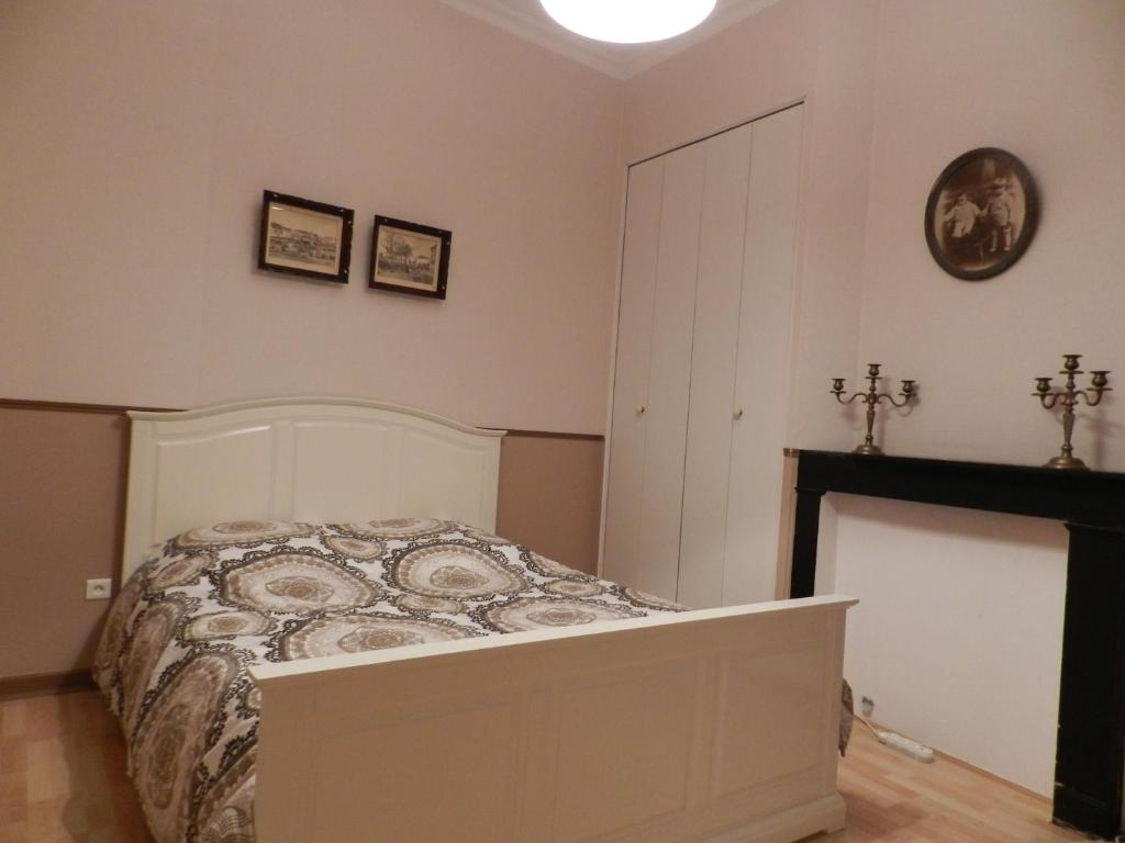 chambres d h 244 tes la maison de jos 233 phine arras book your hotel with viamichelin