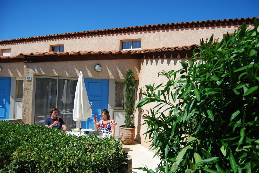 Grand bleu vacances r sidence les jardins de neptune for Jardin residence