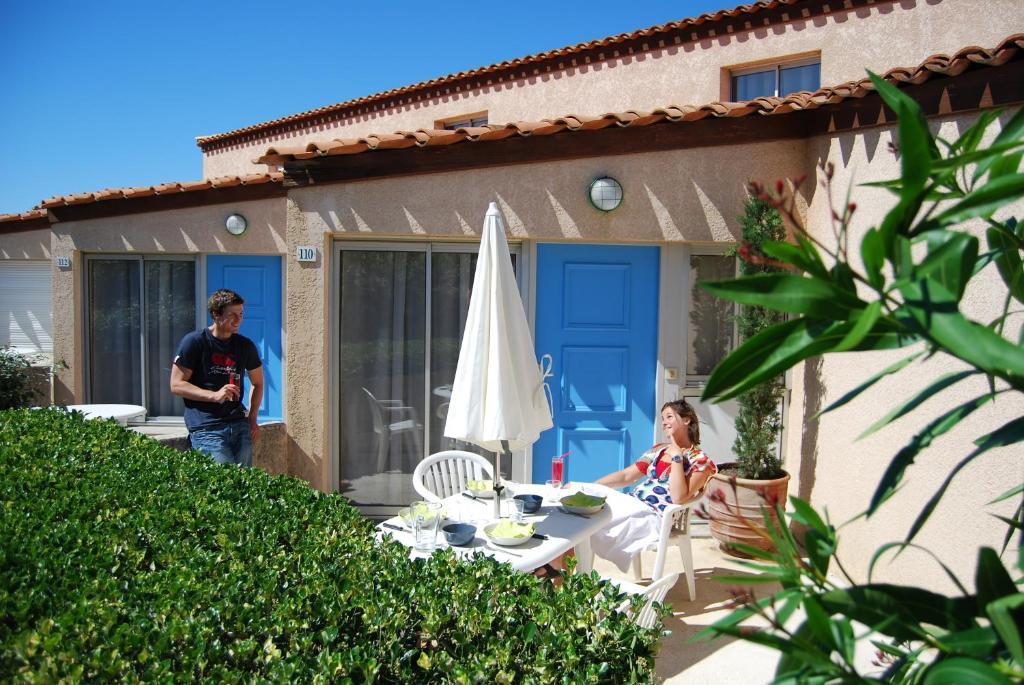 grand bleu vacances r sidence les jardins de neptune saint cyprien plage. Black Bedroom Furniture Sets. Home Design Ideas